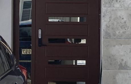 Lange, lauko durys, sarvuotos lauko durys3